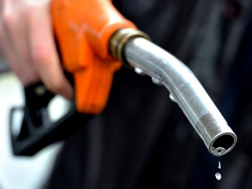 Khuyến cáo: sau 15h chiều nay hãy đi đổ xăng vì giá xăng sẽ giảm cực mạnh