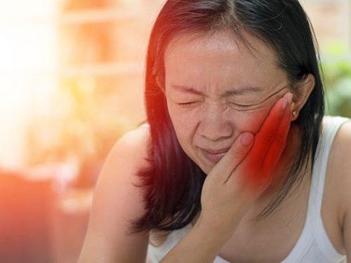 """Triệu chứng bệnh quai bị ở nữ giới không thể bỏ qua, nhất là ĐIỀU SỐ 3 nếu không muốn """"Rước họa vào thân"""""""