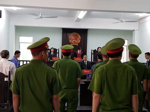 Vụ dâm ô bé gái trong thang máu: Nguyễn Hữu Linh lãnh án 1 năm 6 tháng tù