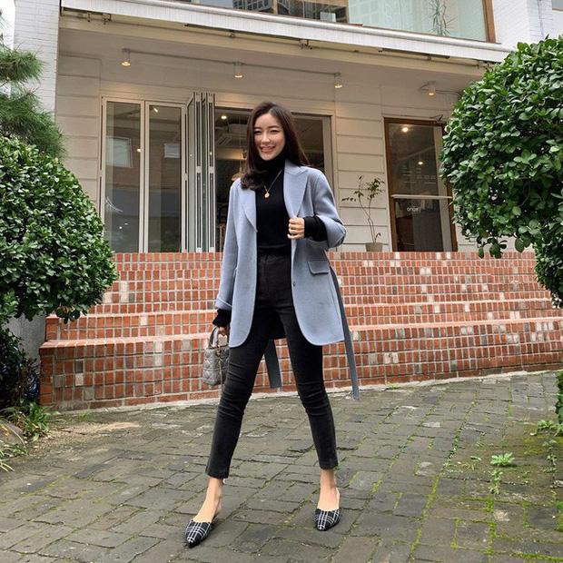 Áo blazer mix quần jeans trẻ trung năng động1