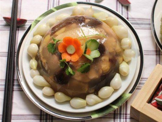 Thịt gà nấu đông là món ăn ngon cả về hương vị và giá trị dinh dưỡng1