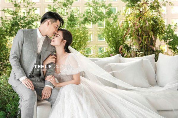 Ông Cao Thắng trong bộ vest lịch lãm bên cô dâu Đông Nhi1
