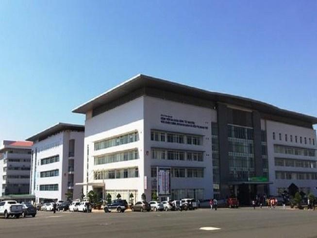 Bệnh viện đa khoa Tây Nguyên tiếp nhận 3 bệnh nhân bị thương do súng bắn1