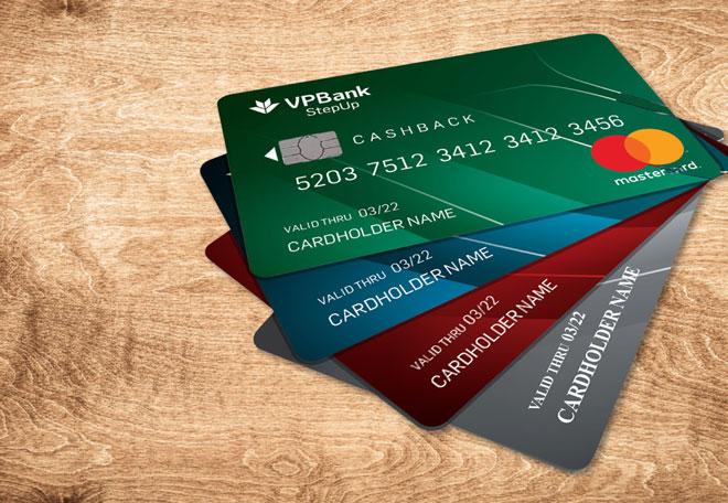 Chuẩn bị số tiền nhất định trong thẻ để thanh toán online nhận nhiều ưu đãi hơn1