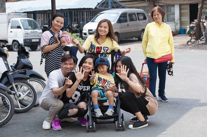 Quỳnh Trần sẽ cố gắng tổ chức buổi gặp mặt người yêu thích hai mẹ con1
