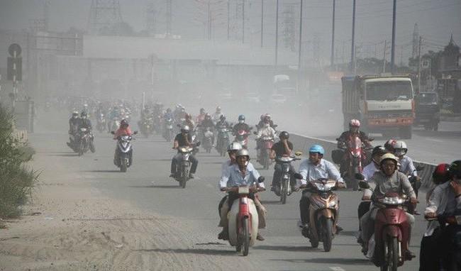 Không khí ô nhiễm đặc biệt nghiêm trọng ở Hà Nội vào sáng nay1
