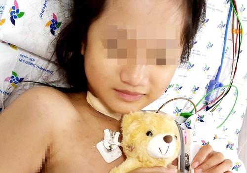 Hiện tại tình trạng sức khỏe của bé gái đã ổn định1