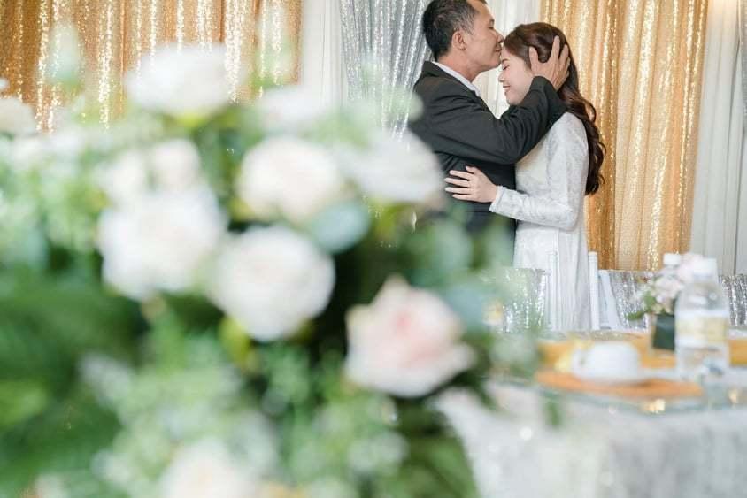 Bố của Khánh Hà hi vọng con rể có thể bao dung và yêu thương con gái suốt đời1