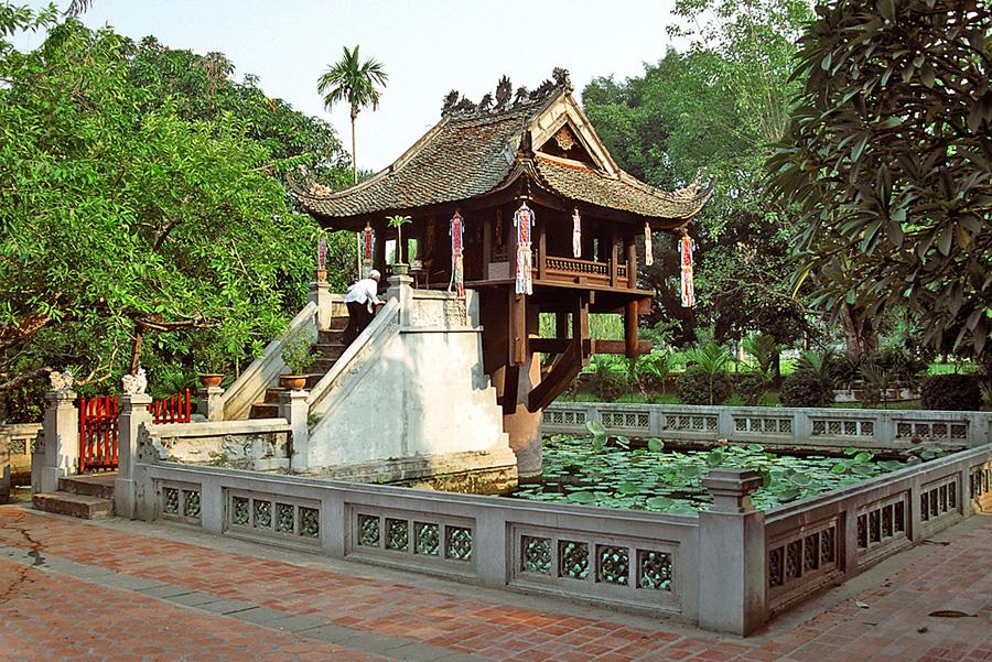 Chùa Một Cột được coi là biểu tượng văn hóa ngàn năm của thủ đô Hà Nội1