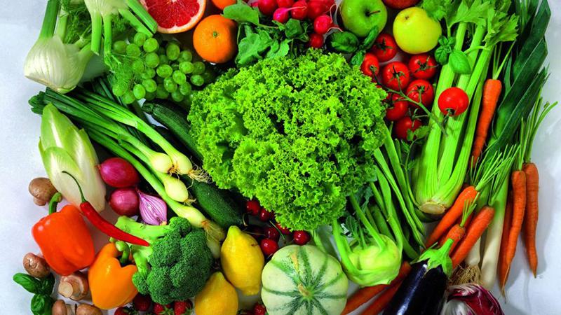 Bổ sung nhiều rau xanh, củ quả cung cấp vitamin cho làn da tươi sáng mạnh khỏe1