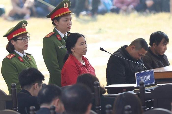 Luật sư đề nghị hình phạt cao nhất đối với bị cáo Bùi Thị Kim Thu1