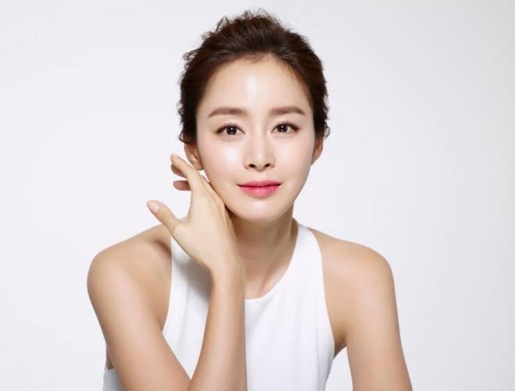 Duy trì các bước chăm sóc da để có làn da khỏe mạnh, trắng sáng1
