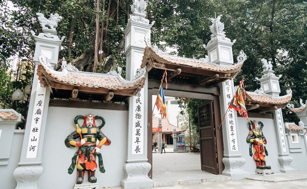 Giới trẻ rủ nhau đi chùa Hà cầu duyên nhân dịp đầu xuân năm mới1