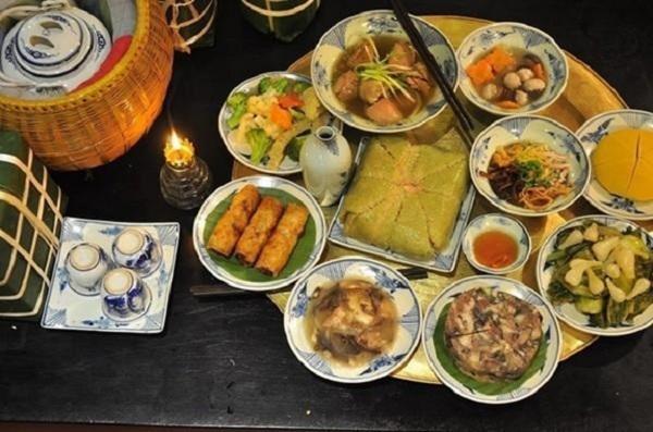 Các món ăn không thể thiếu được trong mâm cơm cúng gia tiên của người Miền Nam trong ngày tết1