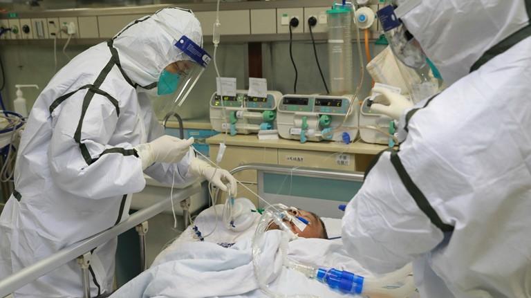Việc điều trị triệt để gặp nhiều khó khăn bởi số lượng ca nhiễm1