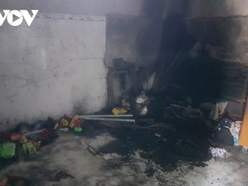 Bình Định: Nghịch lửa trong phòng khóa trái cửa, 2 cháu bé bị lửa thiêu tử vong